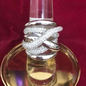 Jewelry - Sterling silver ring .925/CZ statement size 8 NWT